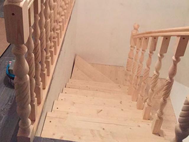 Деревянная лестница из бука